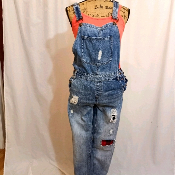 DISTRESSED,  PATCHED DENIM OVERALLS 26